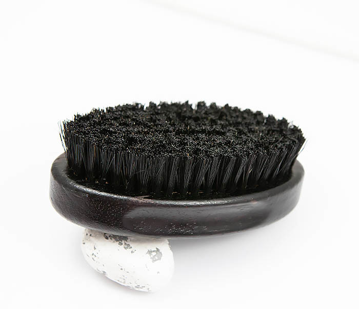 RAZ349 Большая щетка для бороды из щетины кабана фото 02