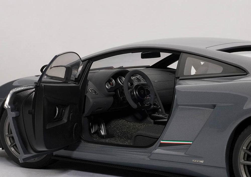 Коллекционная модель Lamborghini Gallardo LP 570-4 Superleggera 2010 Grey Metallic
