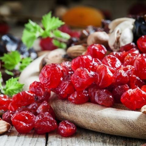 Вишня, ягода сушёная