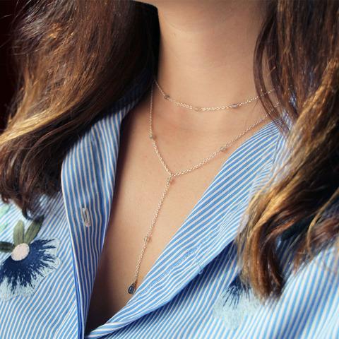 Колье-галстук с бусинками лабрадорита и бриолетом кианита