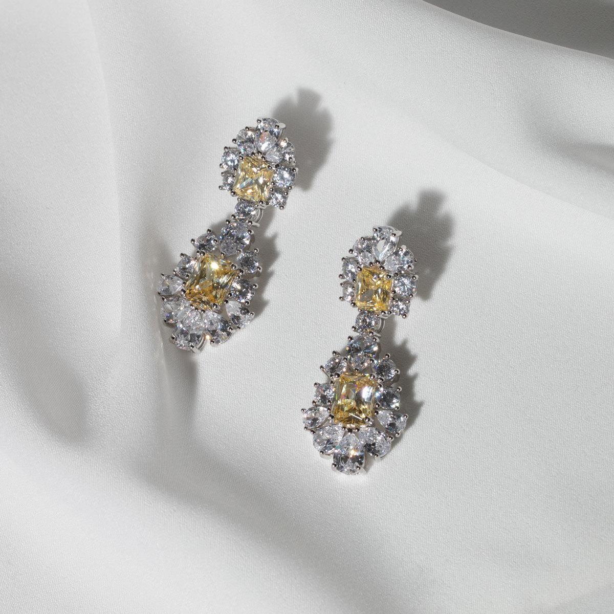 Серьги-шандельеры с желтым цирконом