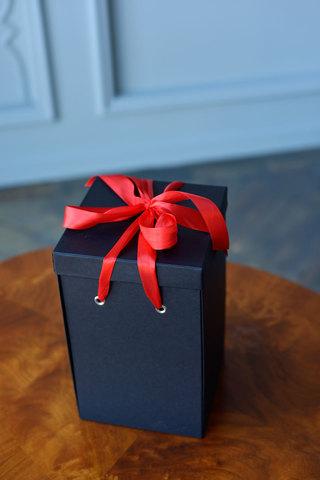 Подарочная коробка Кing, черная (33*21*23) WoW Эффект