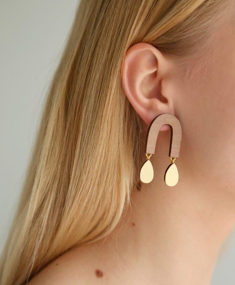 Серьги-Waterfall-Arch-Earrings-Walnut