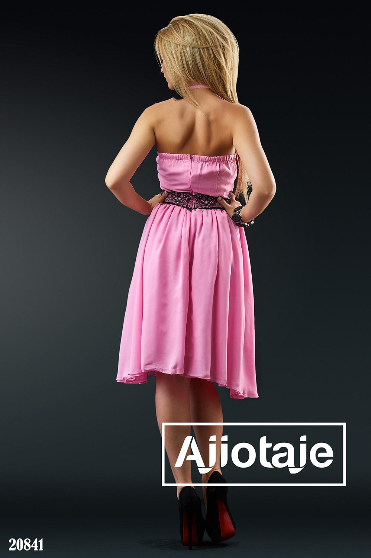 Нежное шифоновое платье с кружевом