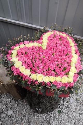 Коробочка сердце роз