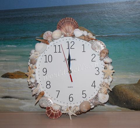 Часы в морском стиле