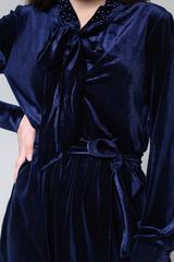 Велюровое платье до колена купить