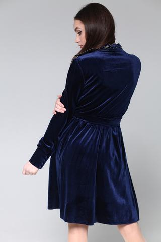 Велюровое платье до колена недорого