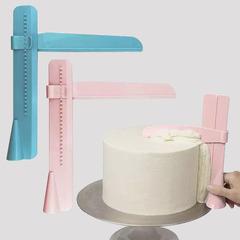 Шпатель угловой для выравнивания тортов
