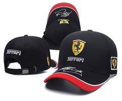Кепка с вышитым логотипом Феррари (Кепка Ferrari) черная с комбинированным козырьком