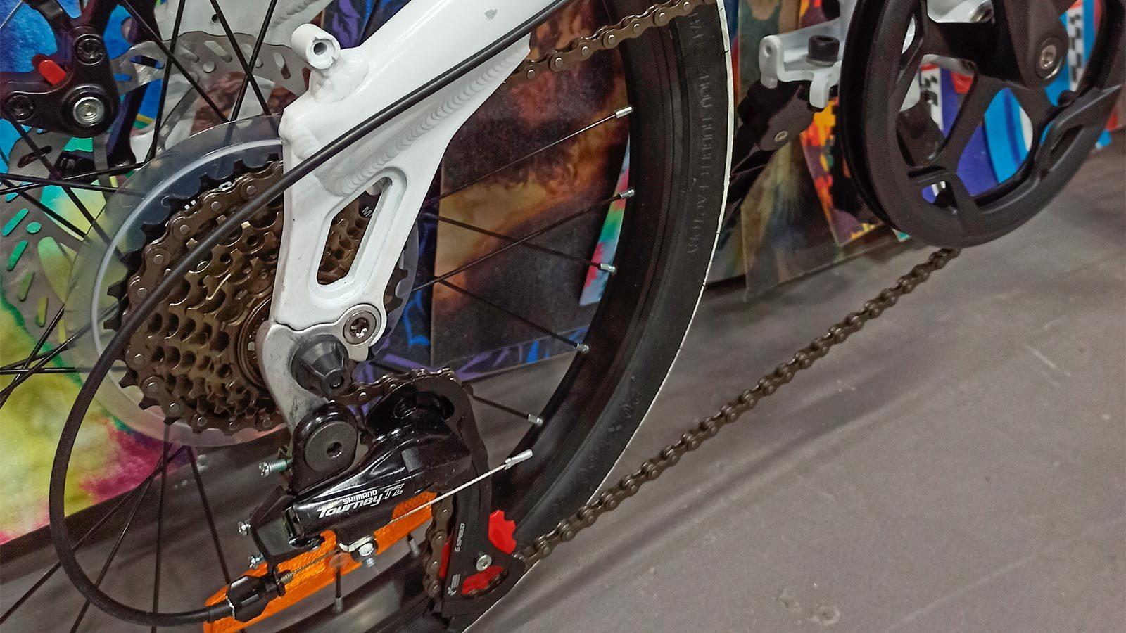 заднее колесо складной велосипед 20