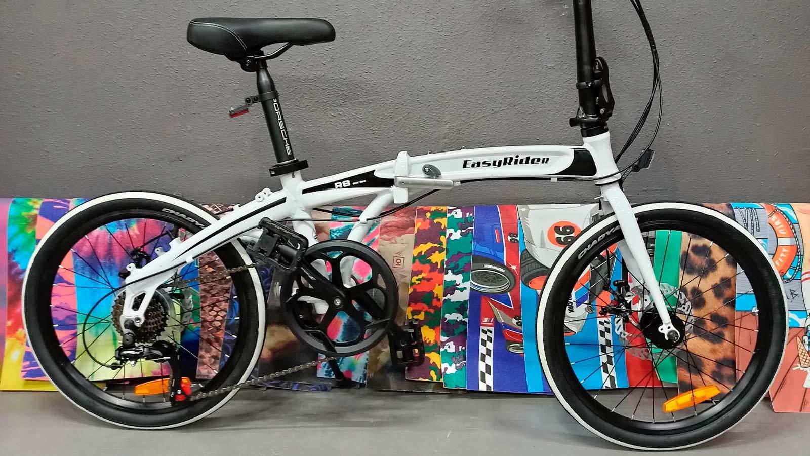 черно-белый прогулочный велосипед складной велосипед