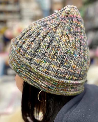 Описание шапки GOA (дизайн-студия Трискеле)