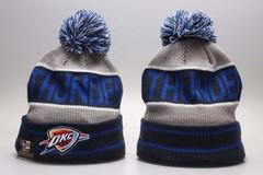 Шерстяная вязаная шапка Thunder футбольного клуба (NFL)  с помпоном