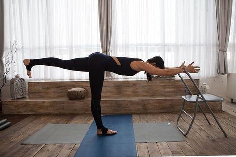 Стул для практики йоги высокий. Металл.