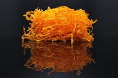 Бумажный наполнитель. Оранжевый неон