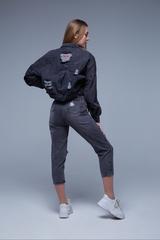 Черная короткая джинсовая куртка купить