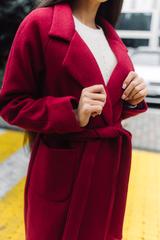 Бордовое пальто из кашемира оптом