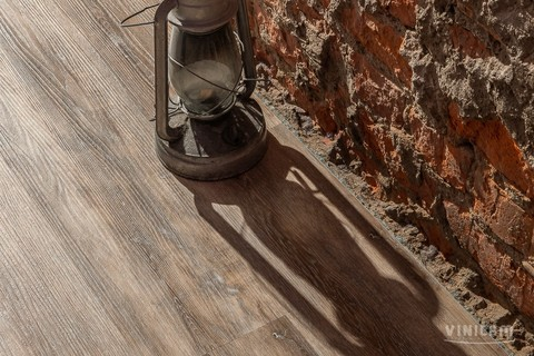 Кварц виниловый ламинат Vinilam Click 511003 Дуб Ульм (Rich)