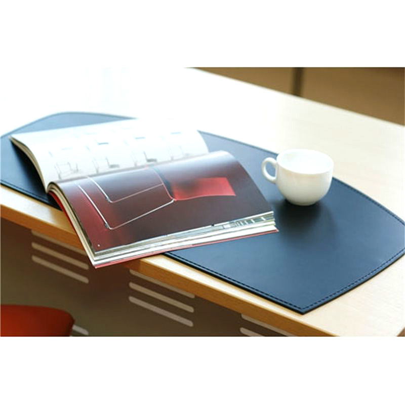 коврик на стол из черной кожи округлый