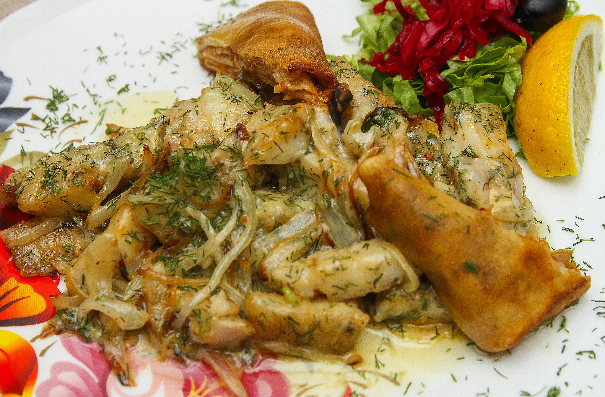 Филе судака в сливочном соусе
