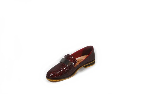Бордовые туфли с принтом