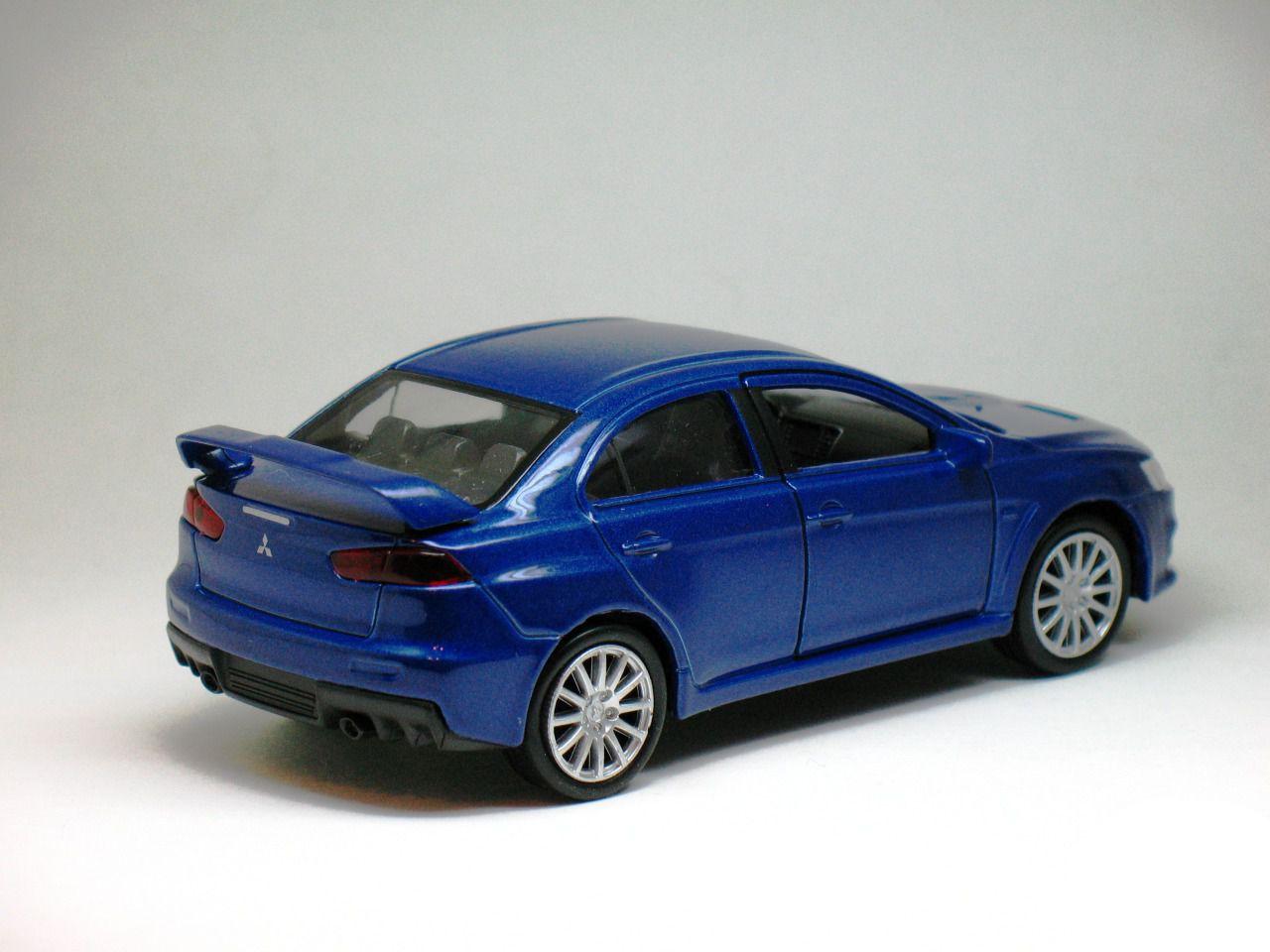 Машинка-игрушка Mitsubishi Lancer Evolution X