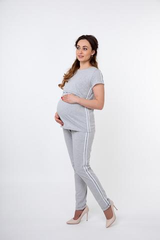Спортивный костюм для беременных и кормящих 09687 серый-белый
