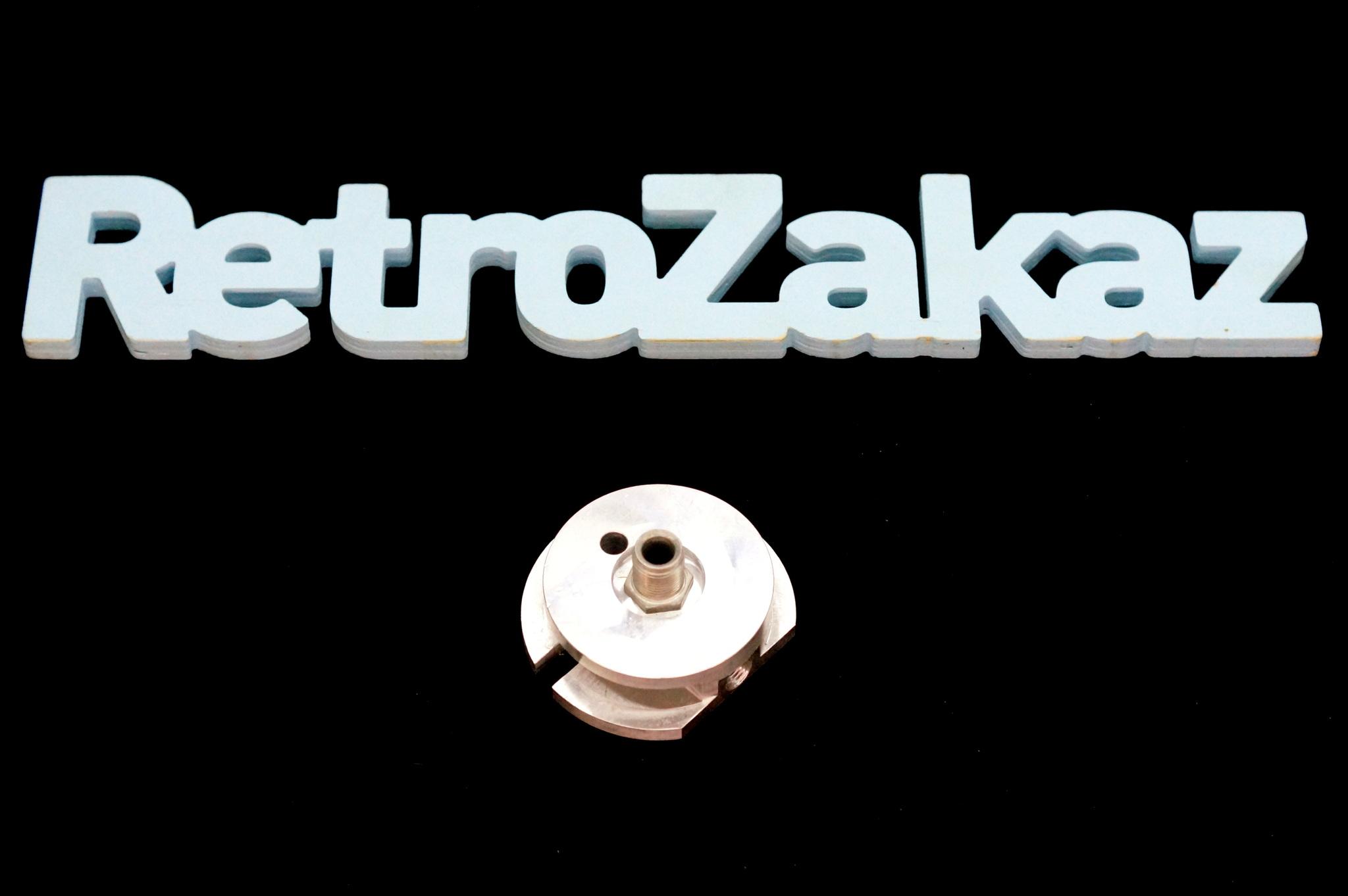 Переходник масляного фильтра с отверстием ГАЗ 21 Волга, 22