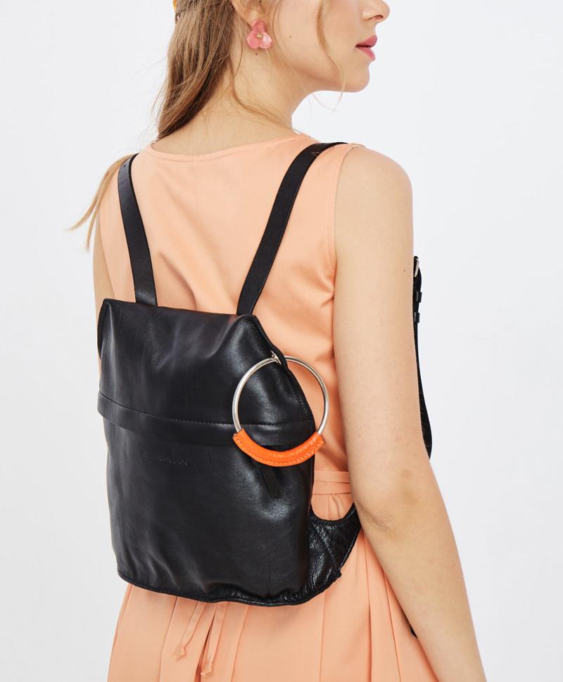 Рюкзак черно-оранжевый
