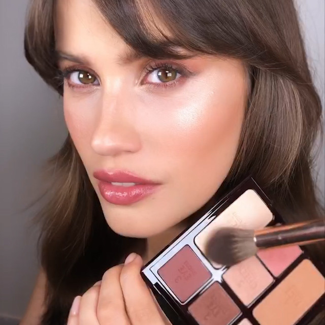 Charlotte Tilbury Instant Look in a Palette Gorgeous, Glowing Beauty palette