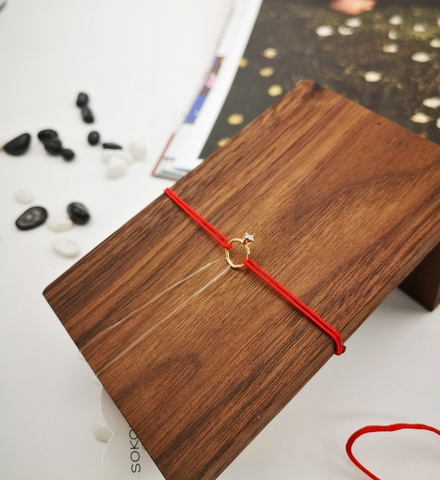 1030634-б- Браслет-красная нить с шармом из золота