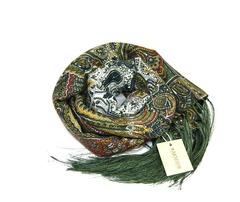 Шарф зеленых оттенков в Русском стиле