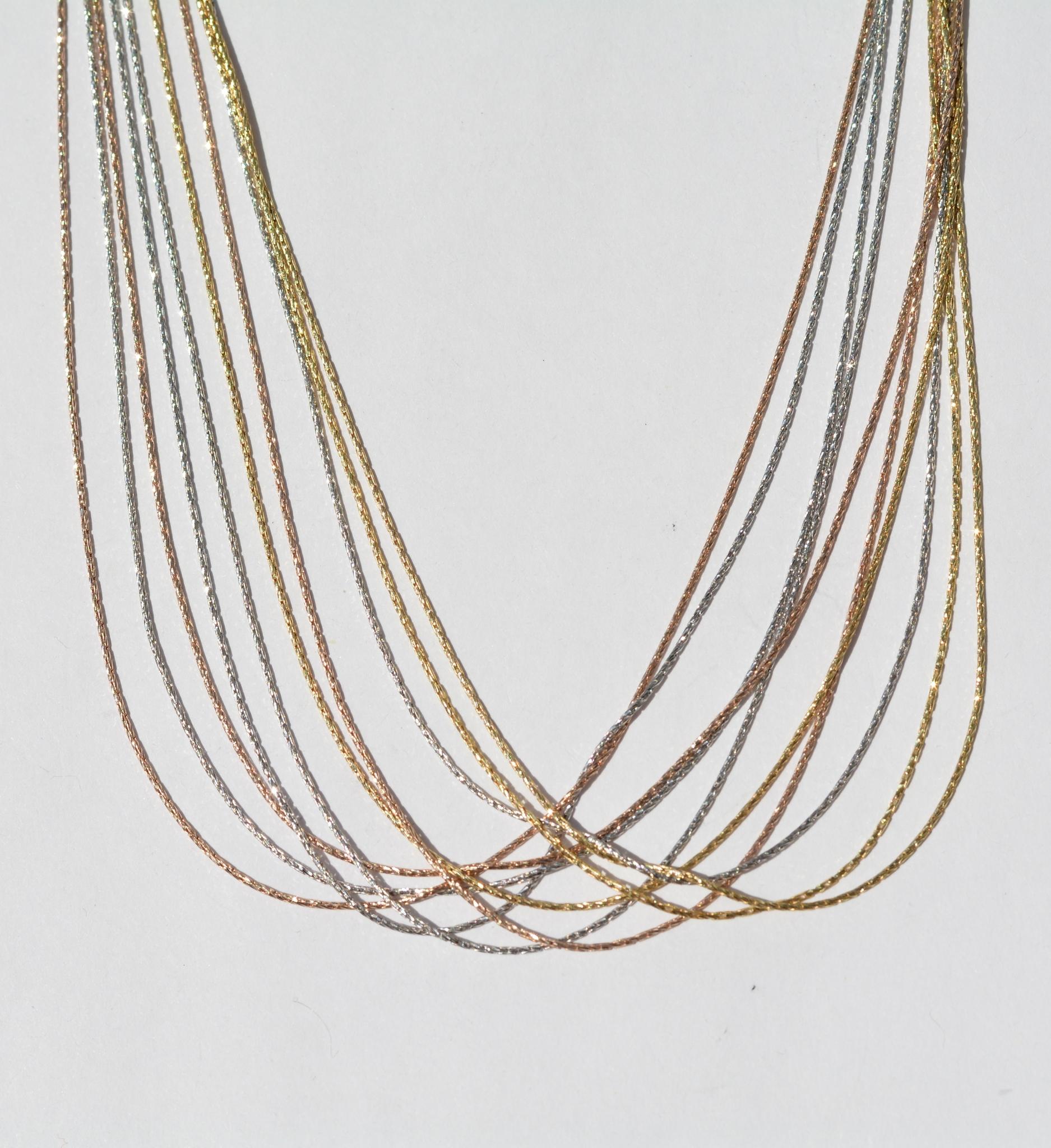 Колье из серебра,10 нитей, трехцветная (серебряная цепочка).