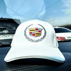 Кепка с вышитым логотипом Кадиллак (Бейсболка  Cadillac) белая