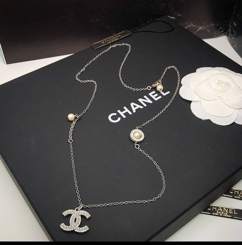 Колье Chanel