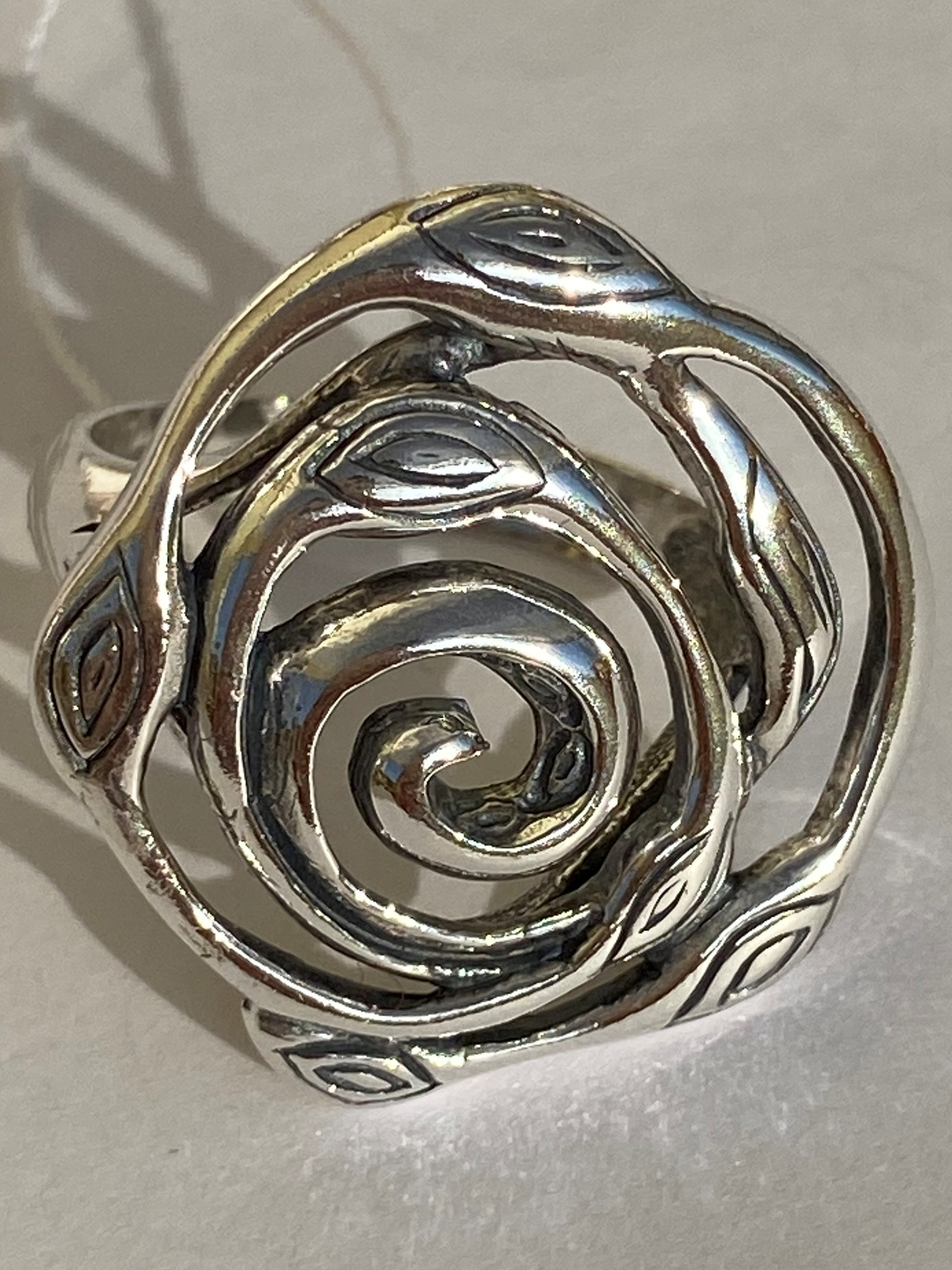 Верба(кольцо  из серебра)