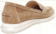 Женские лоферы замшевые. Модные туфли на низком каблуке Anna Lucci 2706-040 S Beige.