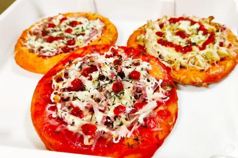 Мини пицца с колбасой