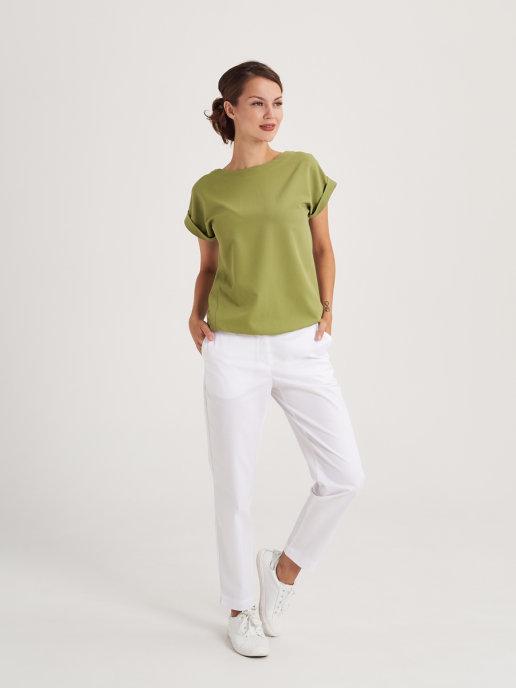 Женская медицинская блуза с коротким рукавом.