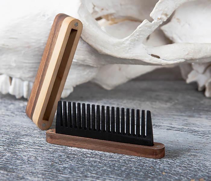 RAZ361 Гребень для бороды из дерева, ручная работа