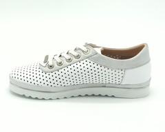 Полуботинки  с перфорацией на шнурках