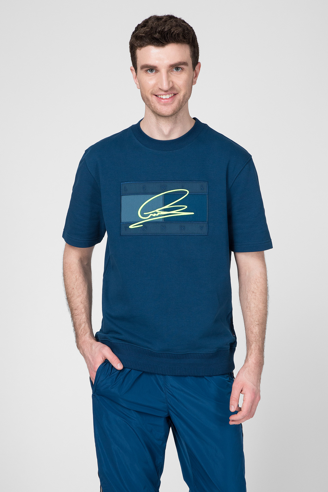 Мужская синяя футболка LEWIS HAMILTON BOX FLAG CNECK Tommy Hilfiger