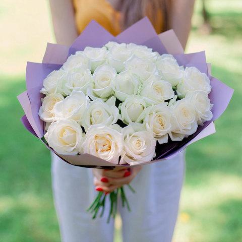 Букет из 25 белоснежных роз