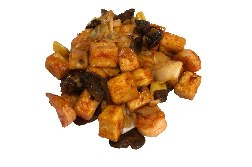 Тофу с креветками в остром чили