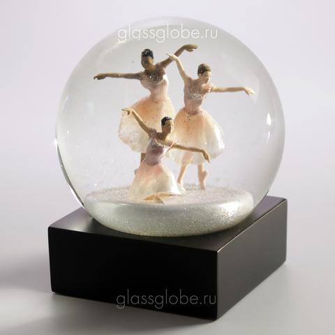 Стеклянный снежный шар Трио