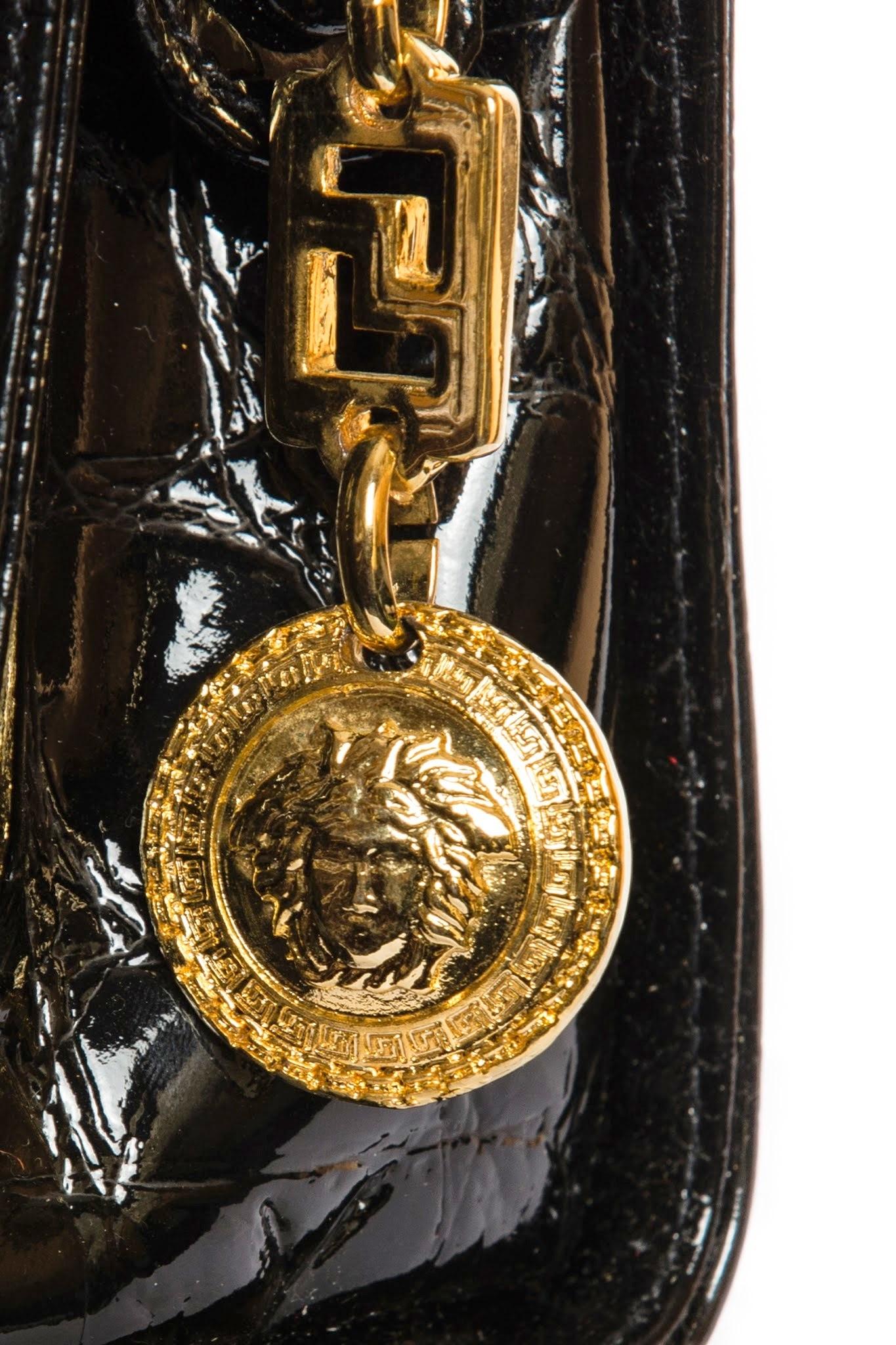 Прижизненная сумка от Versace