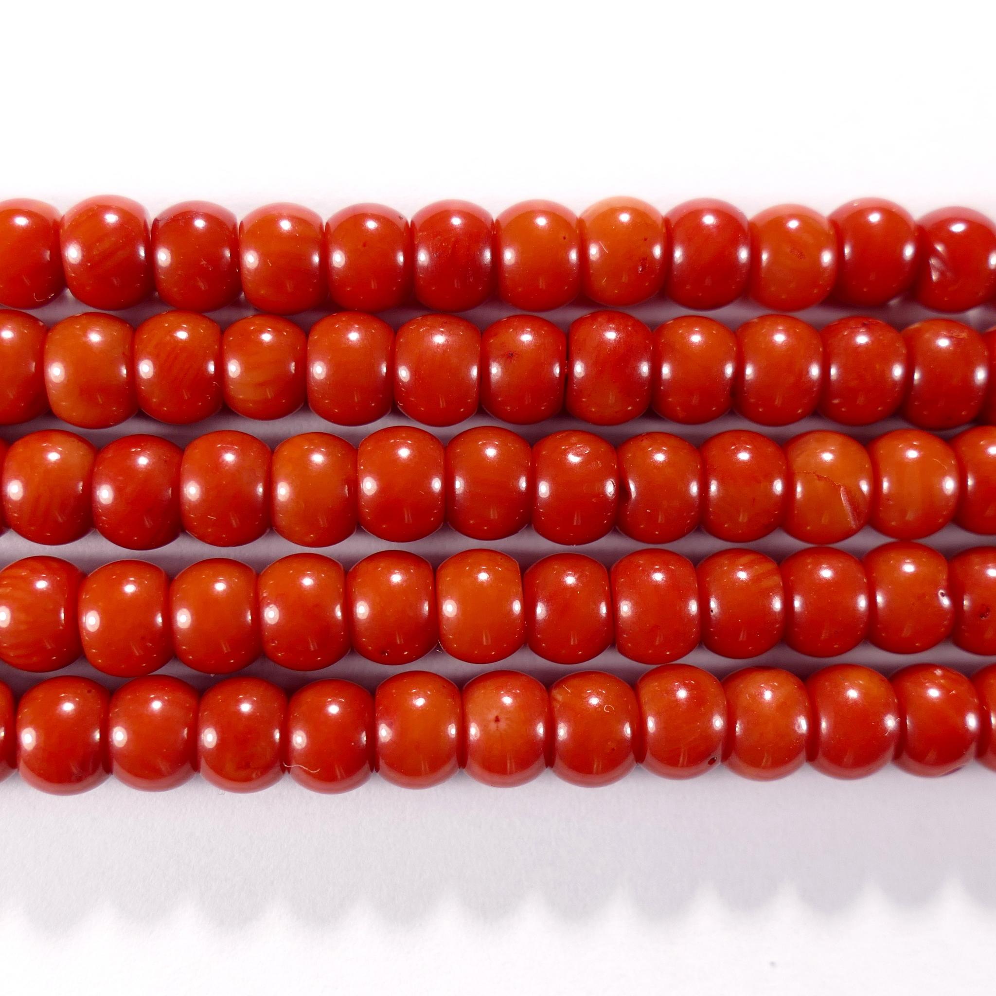 Нить бусин из коралла красного, облагороженного, фигурные, 4x6 мм (рондель-бочонок, гладкая)