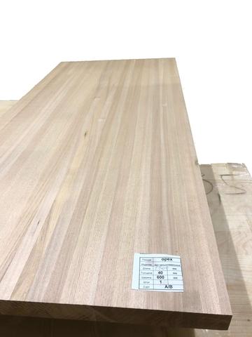 Мебельный щит из ореха ( цельноламельный )