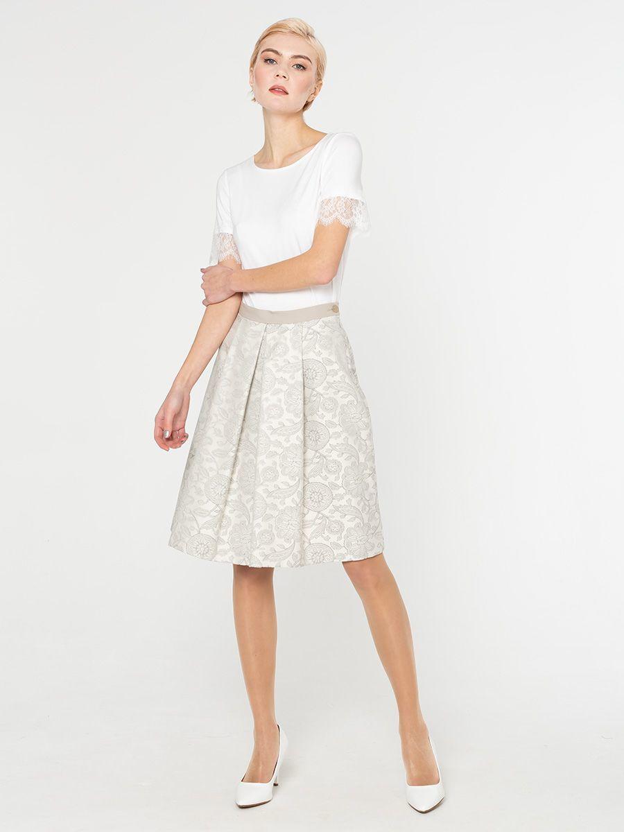 Юбка Б083-582 - Женственная юбка в складку призвана, чтобы ежедневно создавать романтичный и смелый образ. В боковых швах функциональные прорезные карманы.  Длина и крой отлично подойдут для всех типов фигуры.